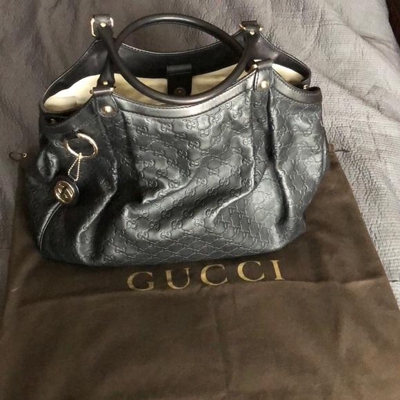 571fe93c80f9 Gucci Handbags - Gucci Sukey Large leather GG bag!! Gorgeous black